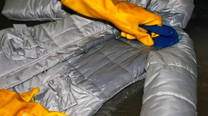 Предварительная обработка пуховой куртки
