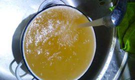 Мыльный раствор в тёплой воде