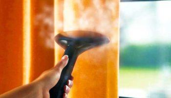 Как правильно делать сухую чистку штор на весу