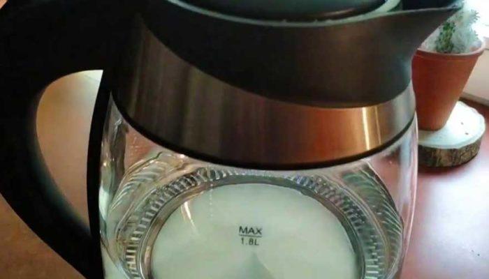 Как почистить стеклянный электрический чайник от накипи