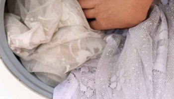 Как постирать тюль в машинке и вручную чтобы не гладить