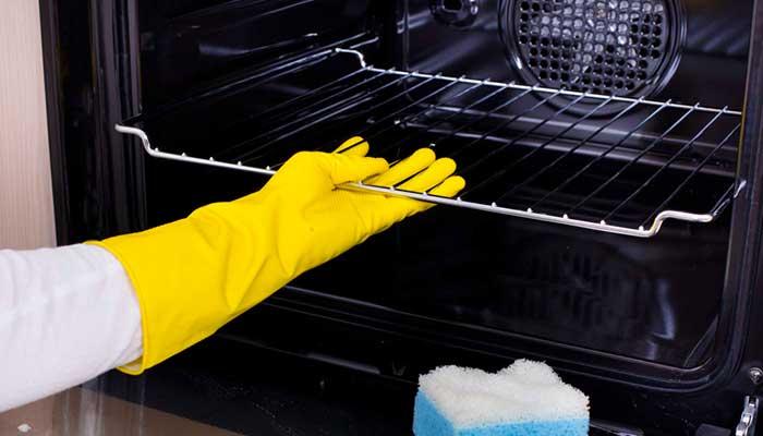 Мытьё стекла в духовке