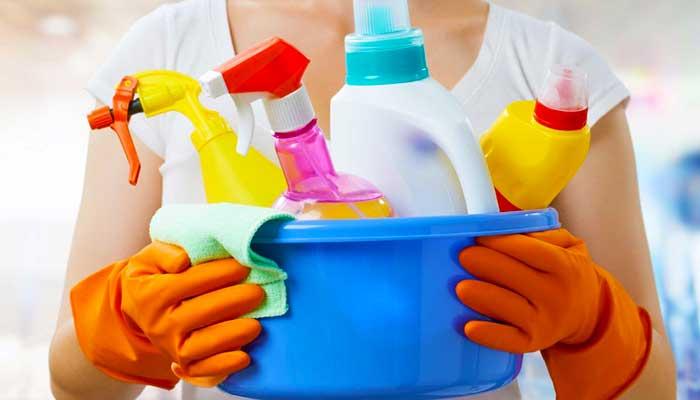 Подготовка мытья унитаза